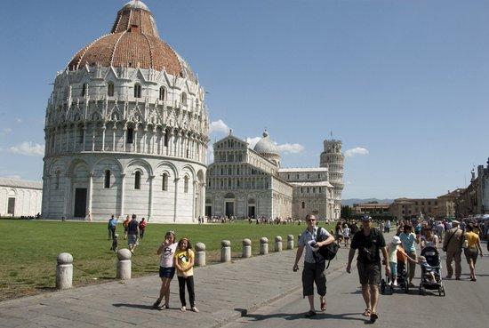 Toscane_Pisa_(5).jpg