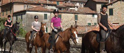 Toscane te paard